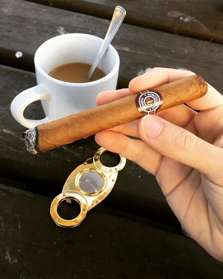 Good mornings exist.  . . . . . . . . . #good #morning #goodmorning #cigar #cigarlife #coffee #sun #chill #lifestyle #instagood #burn #ash #habana #montecristo #smoke #relax #style #outside #fresh #fall #autumn #cold #day #stick