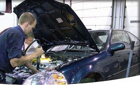 Whether its #oil #change #Mesa or transmission repair, you can blindly trust on them for any such repair work. They offer unmatched service at the most competitive price.