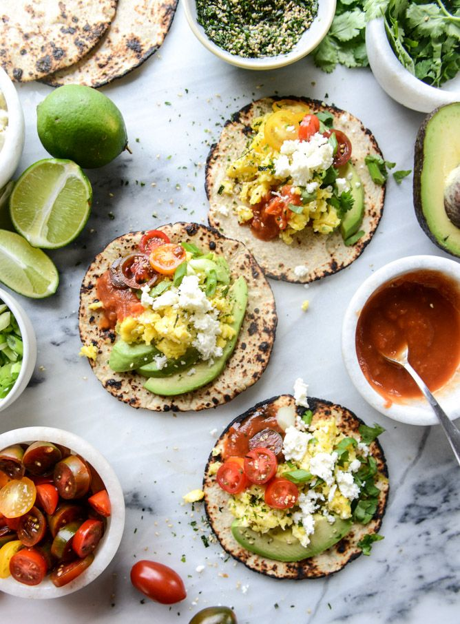 summer breakfast tacos I howsweeteats.com