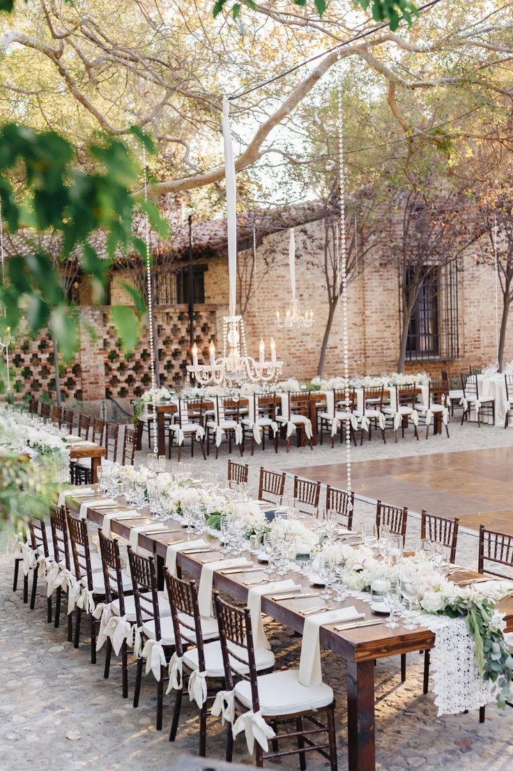 Photography: Jana Williams Photography - jana-williams.com   Read More on SMP: http://www.stylemepretty.com/california-weddings/2015/06/01/elegant-hummingbird-nest-ranch-wedding/