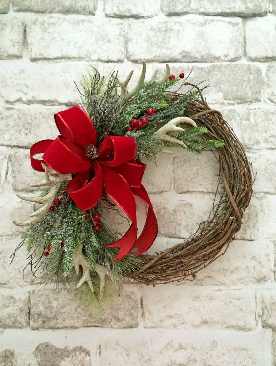 holiday christmas antler wreath - 570×755
