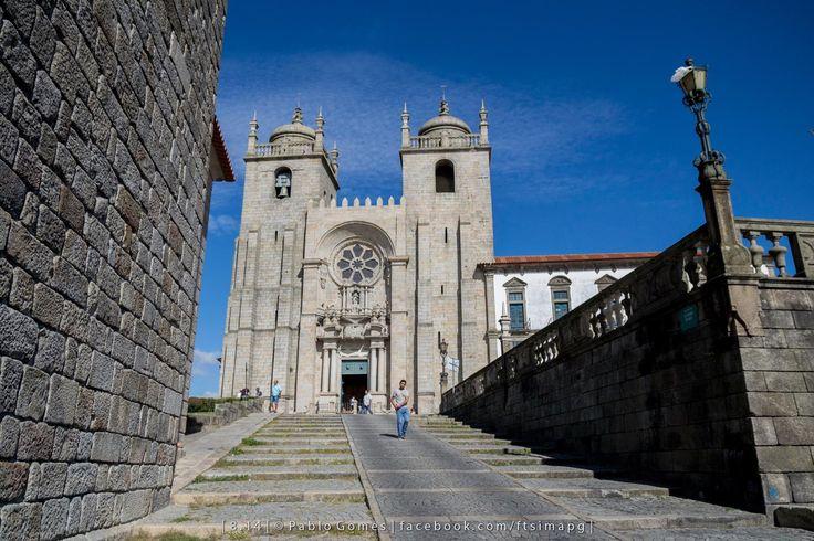 Sé Catedral / Catedral / Cathedral [2014 - Porto / Oporto - Portugal] #fotografia #fotografias #photography #foto #fotos #photo #photos #local #locais #locals #cidade #cidades #ciudad #ciudades #city #cities #europa #europe #arquitectura #architecture #baixa #cascoantiguo #downtown #igrejas #iglesias @Visit Portugal @ePortugal @WeBook Porto @OPORTO COOL @Oporto Lobers