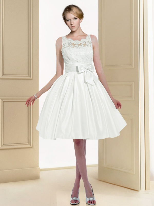 Princesse Robe de Mariee Dentelle Courte 7043-Noviamor