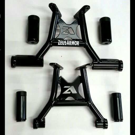 ZeusArmor Stunt Passenger Peg Cheater (top) and lightweight cheater (bottom) Subcages for Honda Grom and MSX 125 available by visiting our online store (link in profile) #zeusarmor #dowork #honda #grom #msx125 #stunt #subcage #cheater #cheatersubcage