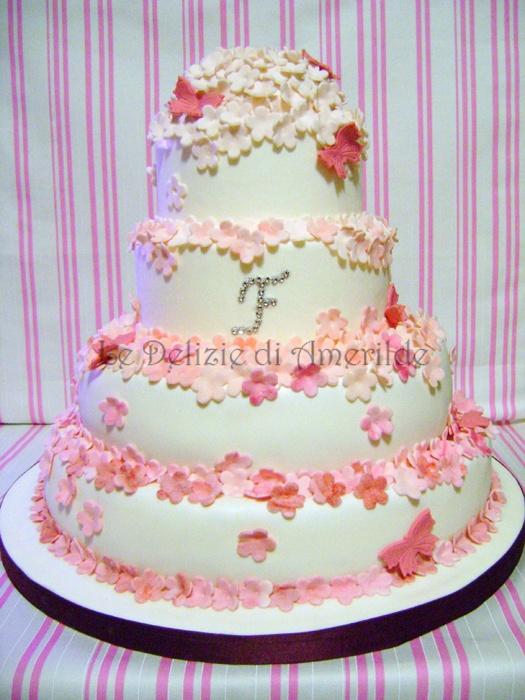 Le Delizie di Amerilde. Pink Flowers. Elegant couture cake from www.ledeliziediamerilde.it