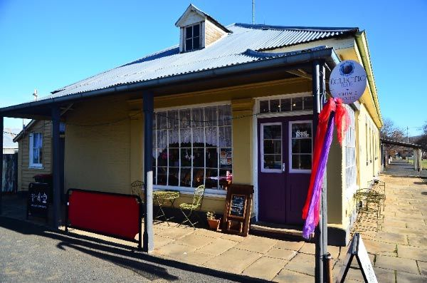 Elm Corner Cafe in Bothwell, one of Tasmania's oldest #colonial shop buildings. Photos by Dan Fellow, article for Think #Tasmania.