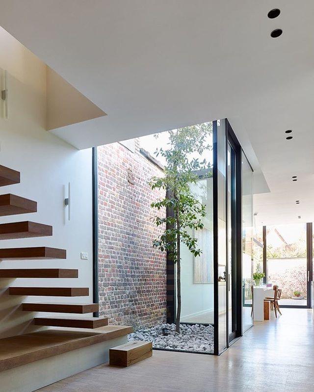 Prachtige hal ❤️ #interieur #inspiratie #homedeco #weekend