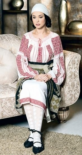 """la blouse roumaine"" - romanian traditional blouse (ia)"