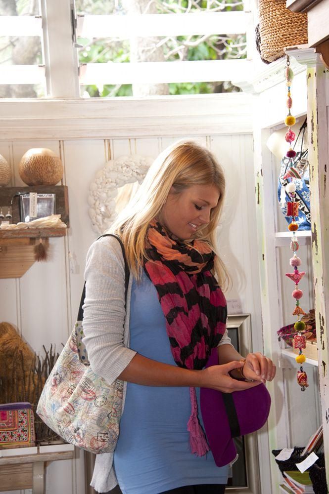 Art & Craft shopping at Point Lookout. #Straddie #weloveStraddie
