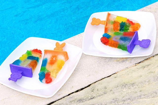 Aprenda a fazer o divertido e colorido picolé de bala de ursinho!