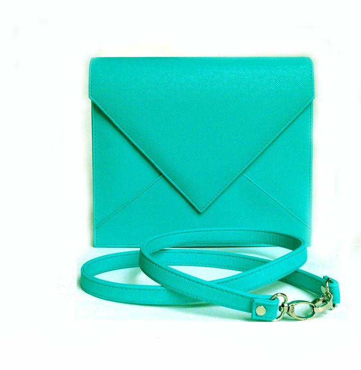 Cantalope 02 clutch bag #clutchbag #taspesta #handbag #fauxleather #kulit #messengerbag #envelope #amplop #fashionable #simple #elegant #stylish #color #tosca  Kindly visit our website : www.bagquire.com