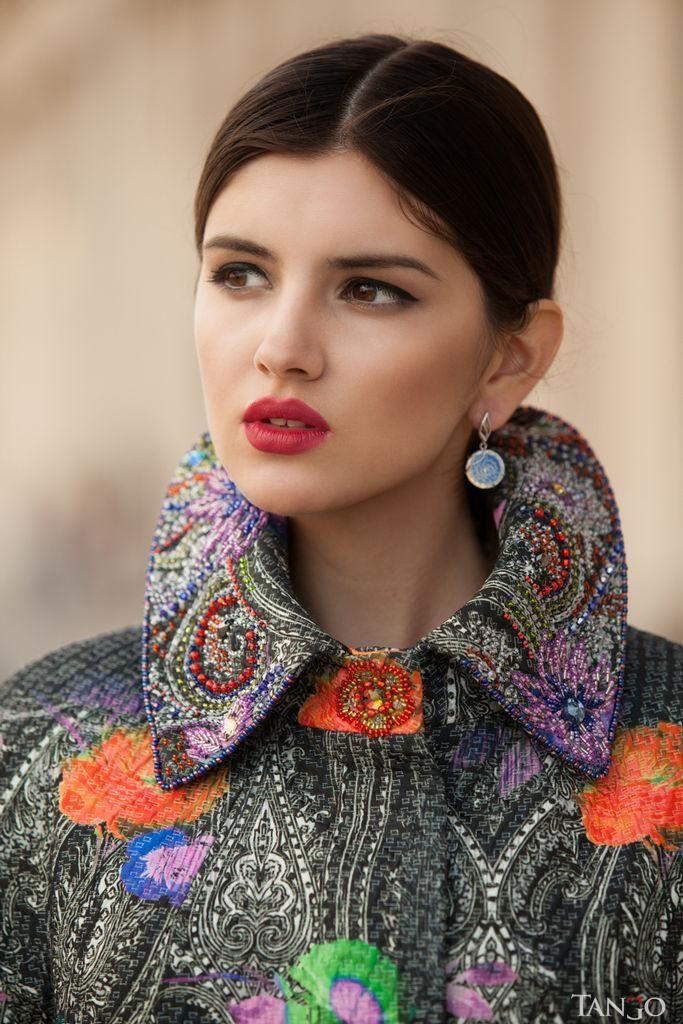 Зимнее пальто с вышивкой Dior купить в интернет-магазине Tango