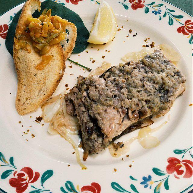 Carpa Regina in porchetta  #carpa #carparegina #carp #fish #lakefish #foodfish #trasimenolake #trasimenofood #trasimeno #localfood #tipicalfood #lunch #dinner #delish #delicious #lacquario #umbrians #umbria #umbriafood #italy #fooditaly #castiglionedellago #trasimenofood #top_food_of_instagram #gastronogram #foodamology #cucinaitaliana #igersubmbria #cucinatipica #slowfood by ristorantelacquario