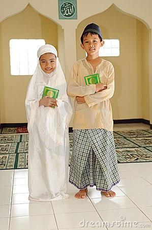 Malay Muslim children    Google Image Result for http://www.dreamstime.com/muslim-kids-thumb7626397.jpg
