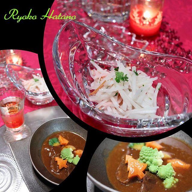 昨日の#晩ごはん ❤️ . レッスン後、 お片付けしていたら、 あっという間に夕方😳 . #圧力鍋 に頼り、 💜#ビーフシチュー 😊💕 . 少しだけ、赤味噌入れて、 #和風 に 仕上げました😍 . お#肉 、トロトロ〜〜😍😍 . あとは、 💜大根とハムのサラダ😊 お酢の代わりに、#カボス をギュッ😍 . レッスンでは、 2012年3月にご紹介した、 蘿蔔火腿(大根とハムのあえもの) の、 アレンジバージョンになります❣️ . #波多野亮子  #波多野亮子中国料理教室  #中国料理教室 #料理教室  #ryokohatano #クッキングラム #中国料理 #中華  #chinese #chinesecuisine  #chinesefood  #うちごはん #おうちごはん  #beautifulcuisines #instafood  #instagood  #おもてなし #美味しい  #アールシノワ #RYOKOSTYLE #decrudesign #美食同源中国料理  #エレガントシノワ