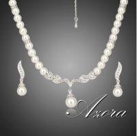 Ivory perlekjede til bruden med perleøredobber - ABELONE.NO