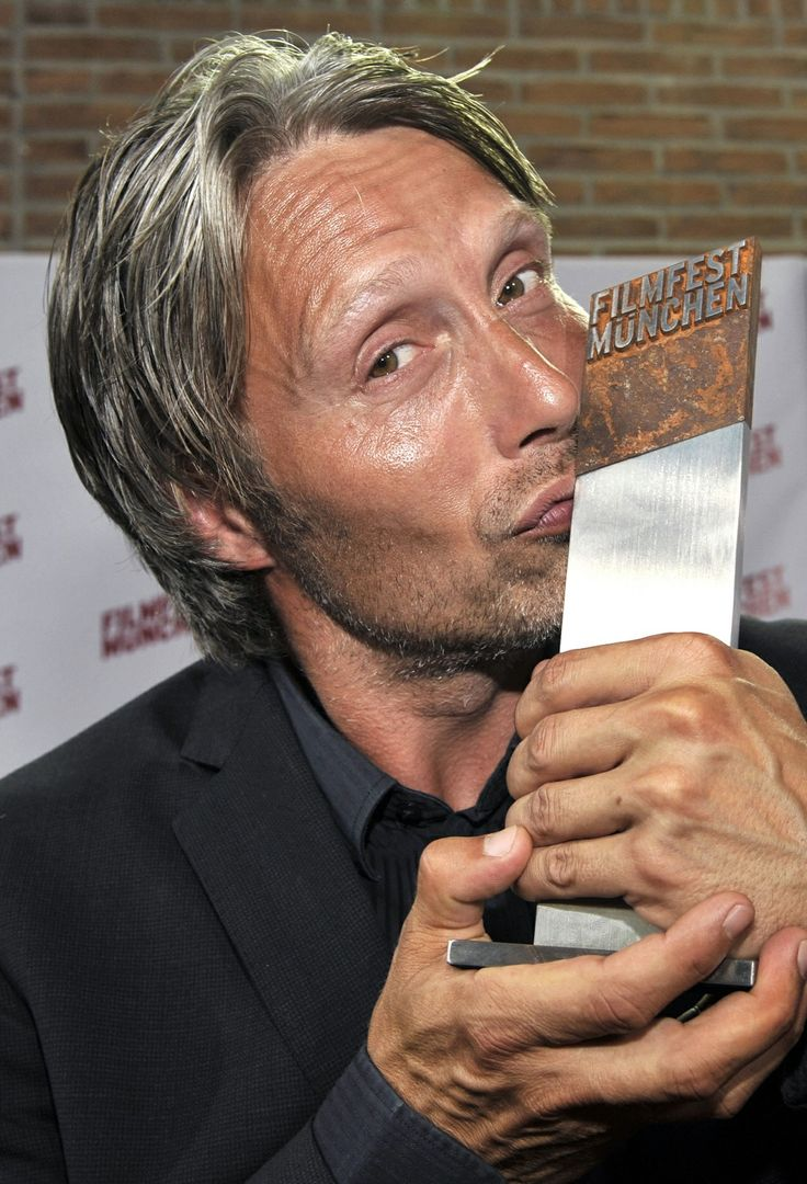 Mads Mikkelsen | aggressively wishes I were that statue