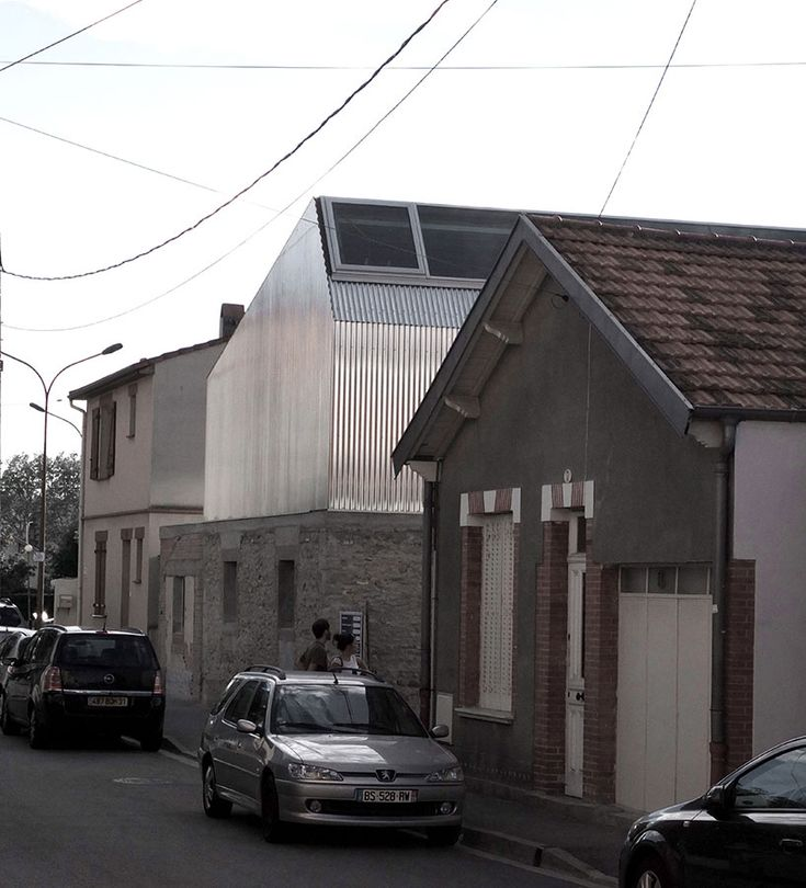 Bast renovates and rebuilds m03 house in suburban toulouse for Architecture toulouse