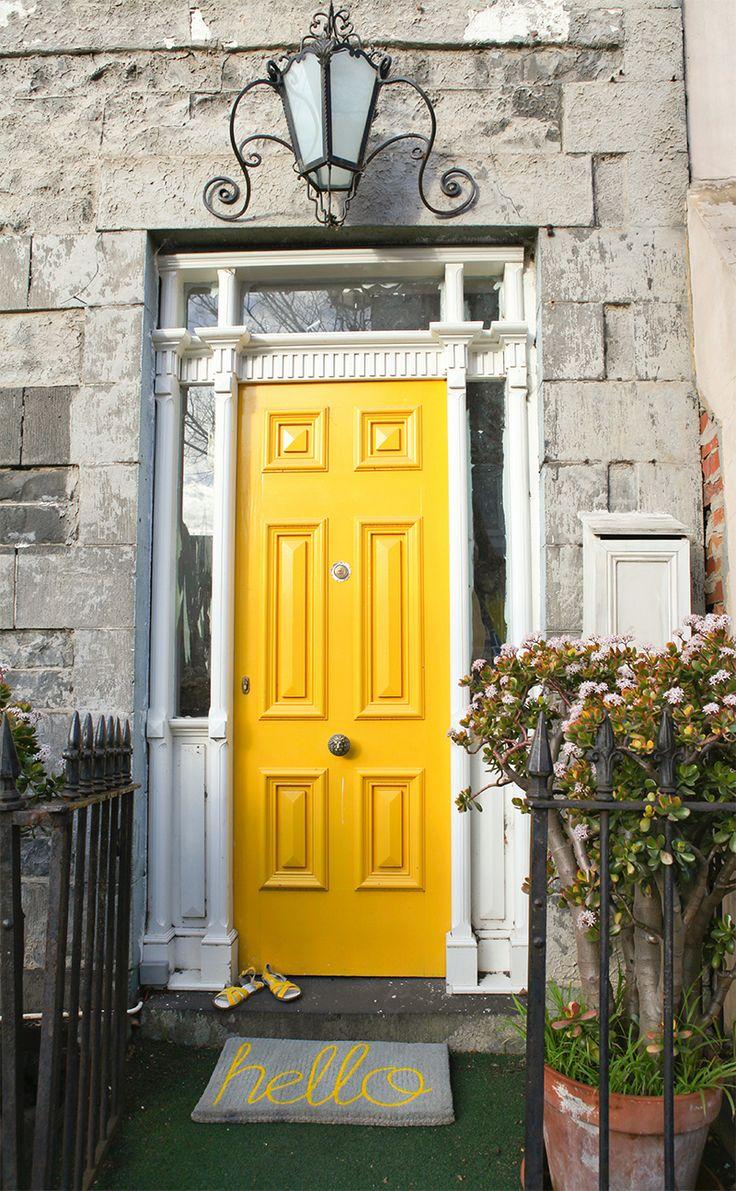 6 of the Prettiest Front Doors
