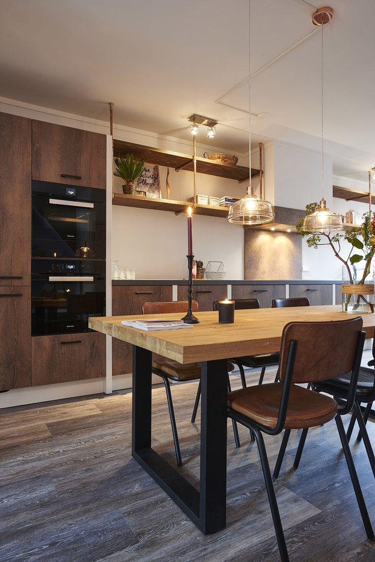 25 beste idee n over metalen eetkamerstoelen op pinterest for Woonmagazines nederland