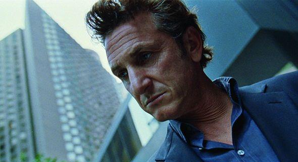 Sean Penn se vuelve peligroso en el primer tráiler de 'The gunman'. Un giro en la carrera de  Sean Penn, quien nos presenta una trama repleta de acción.