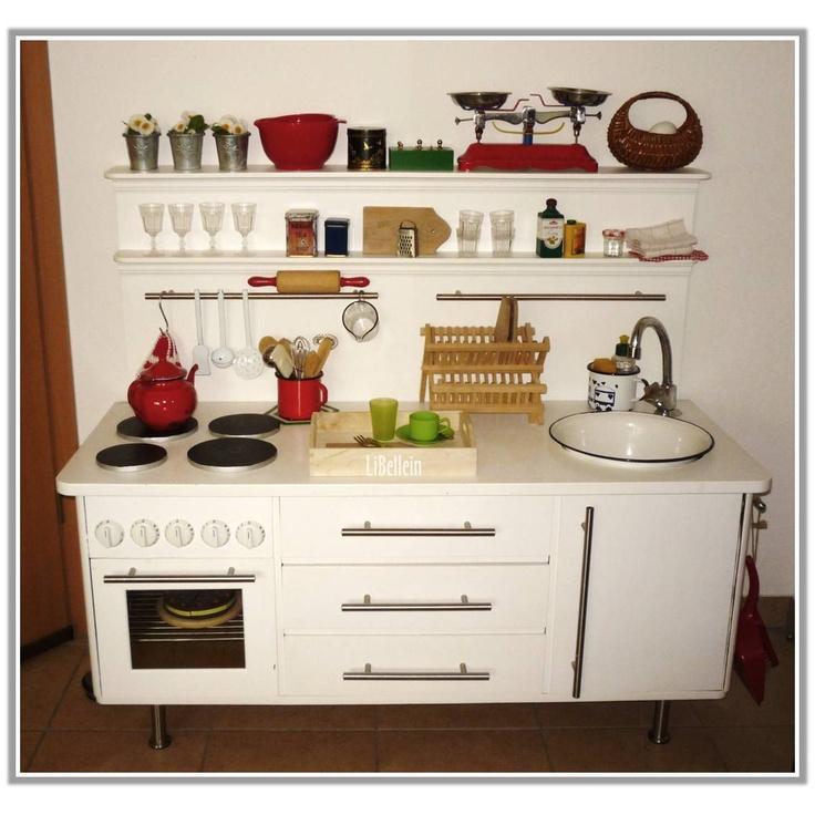 Die perfekte Kinderküche // The perfekt childrens kitchen by Libellein