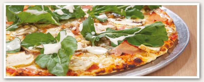 Pizza Queso azul, jamón y hortalizas