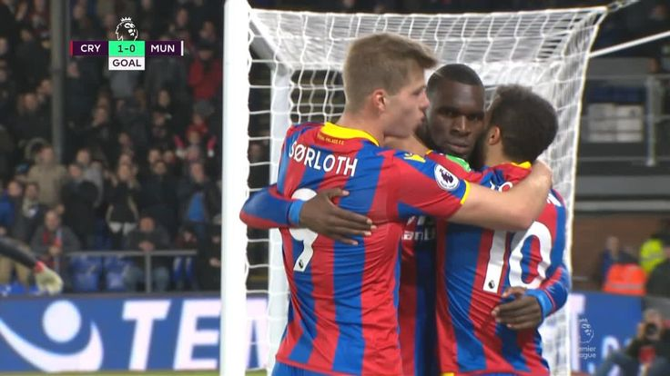 Townsend's deflected strike puts Palace ahead