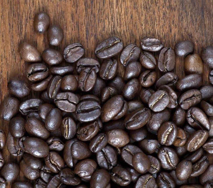 В нашем магазине 1coffeestore.ru вы можете приобрести свежеобжаренный кофе, зеленый кофе, кофе в зернах, в капсулах, в чалдах или кофе молотый.  http://1coffeestore.ru/categories/kofe