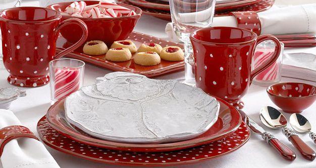 Love this vietri christmas pattern red dots amp santa amp reindeer white