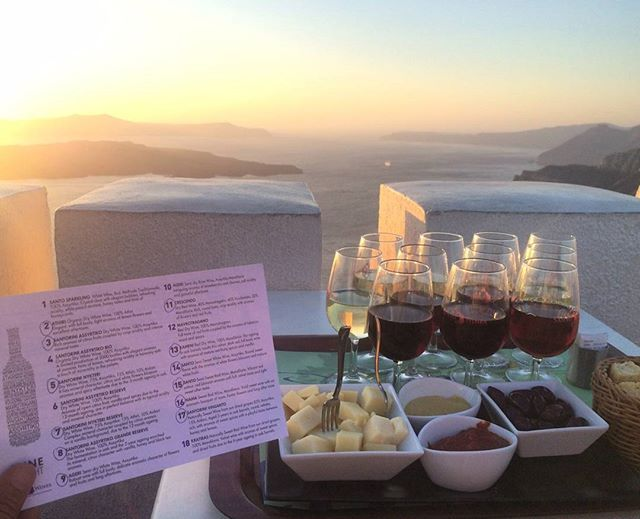 Thinking of a better view to taste the most famous #wine? #Santorini #WineTasting Photo credits: @starstour