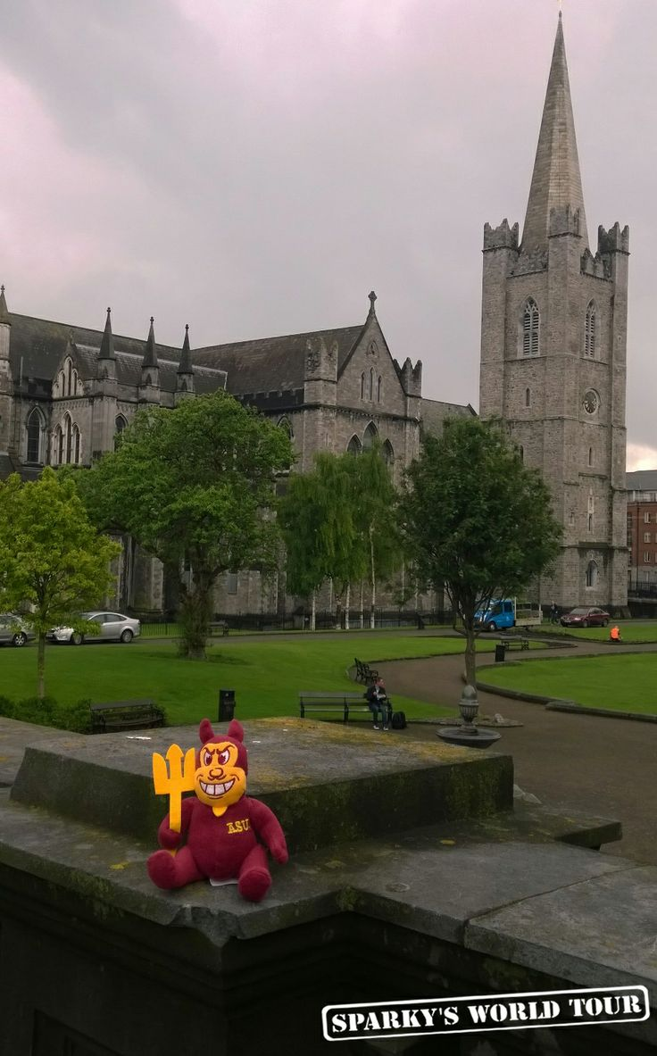 Sparky in Dublin, Ireland World, Tours, Around the worlds