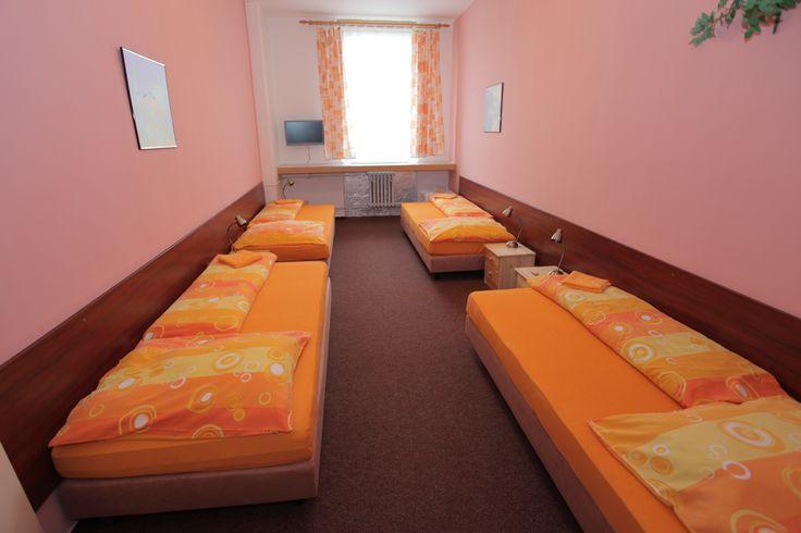Hotel Zimní Stadion - Přerov www.zimakprerov.cz Hotel garni 2*