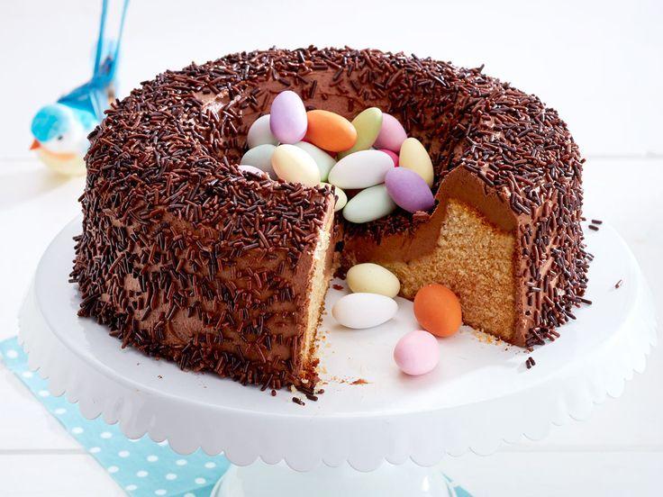 Osterkuchen für ein fröhliches Frühlingsfest - saftiges-schoko-marzipan-nest  Rezept