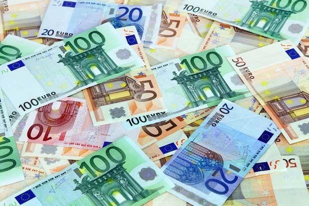 De aanschaf van een nieuwe keuken behelst in de regel een aanzienlijk bedrag. Met een gemiddelde prijs van € 11.000,00 moet je toch al behoorlijk wat gespaard hebben, of de keuze maken het (of een gedeelte ervan) aankoopbedrag te financieren. Om een goed beeld te krijgen van welk keukenbudget u...