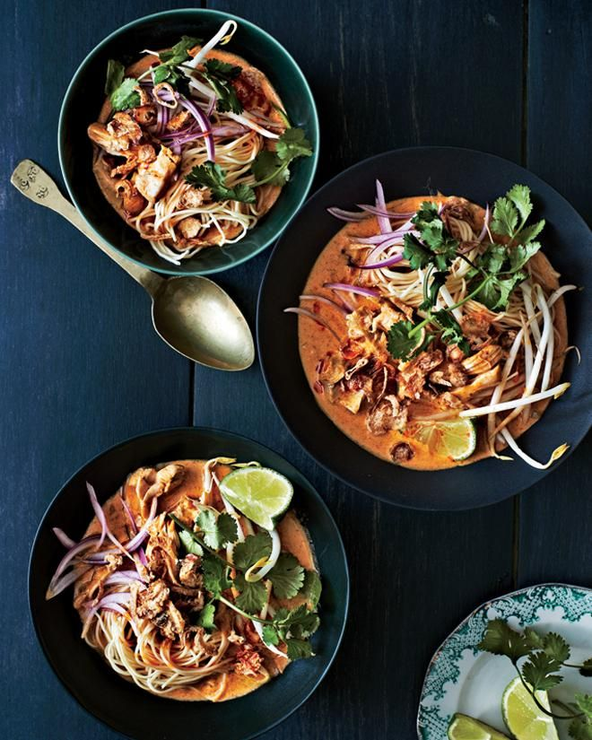 CHICKEN KHAO SOI A delicious Thai-inspired soup with warming curry aromas