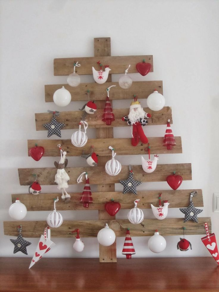 Originales rboles de navidad reciclando palets de - Arboles de navidad en madera ...