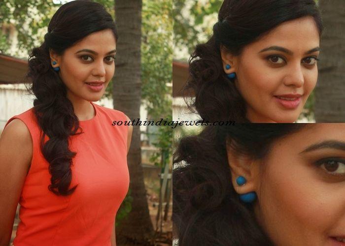 Bindu Madhavi in double sided earrings - South India Jewels