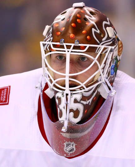 BOSTON, MA - DECEMBER 23: Jimmy Howard #35 of the Detroit Red Wings looks on during the first period against the Detroit Red Wings at TD Garden on December 23, 2017 in Boston, Massachusetts. (Photo by Maddie Meyer/Getty Images)