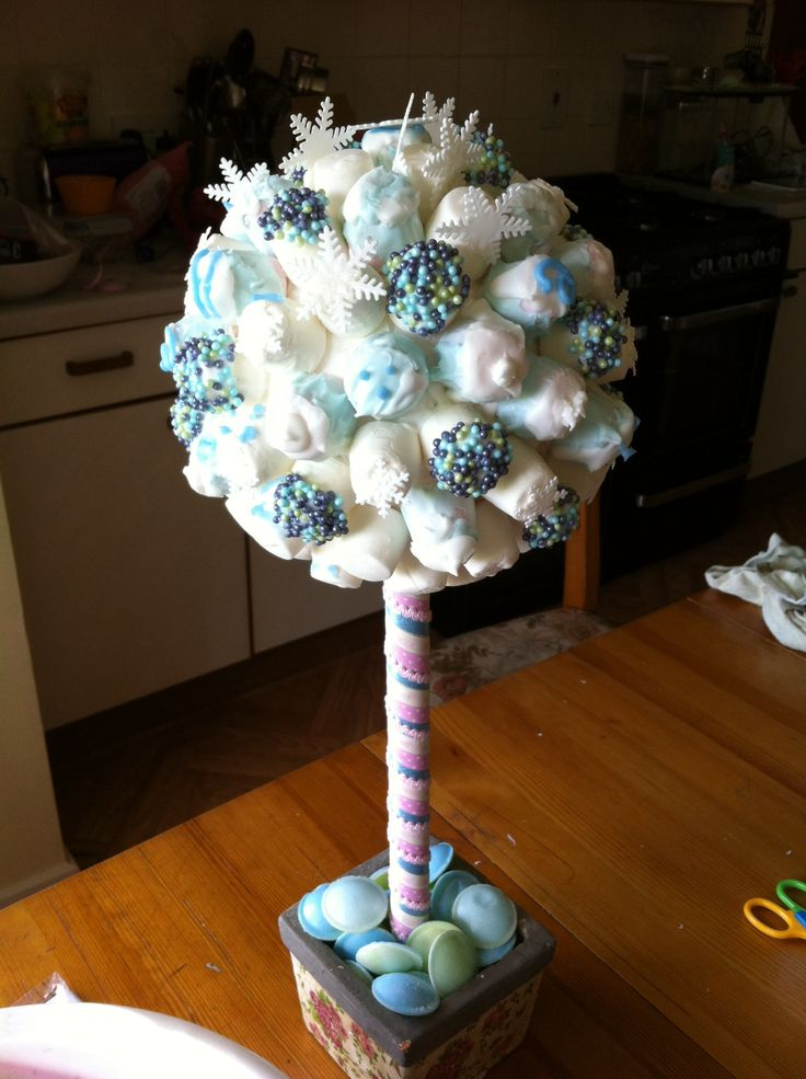 273 best Lolly Trees #2 images on Pinterest | Chocolate bouquet ...