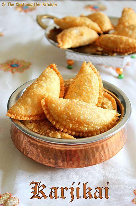 THE CHEF and HER KITCHEN: Karjikai | Kajjikayalu | Karanji Recipe | Diwali Sweets