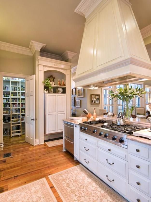 40 Inspiring New Orleans Style Kitchen Decorating Ideas With