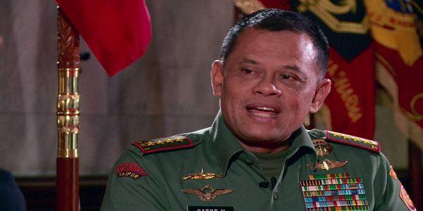 "MANTAP PANGLIMA!! BONGKAR Korupsi Pengadaan Helikopter AW 101 Gatot Nurmantyo UMUMKAN 3 Tersangka  [PORTAL-ISLAM] Penyidik Polisi Militer (POM) TNI menetapkan tiga orang tersangka terkait kasus pengadaan helikopter Agusta Westland (AW) 101. Akibat penyimpangan potensi kerugian negara mencapai Rp 220 miliar. ""Dari hasil penyelidikan POM TNI bersama-sama KPK dan PPATK terhadap dugaan penyimpangan pengadaan helikopter AW 101 TNI AU hasil sementara perhitungan ditemukan potensi kerugian negara…"
