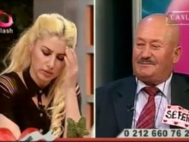 Hombre anuncia por TV que mató a 2 esposas