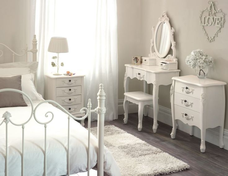 Vintage French Bedroom Furniture Pierpointsprings Com Awesome