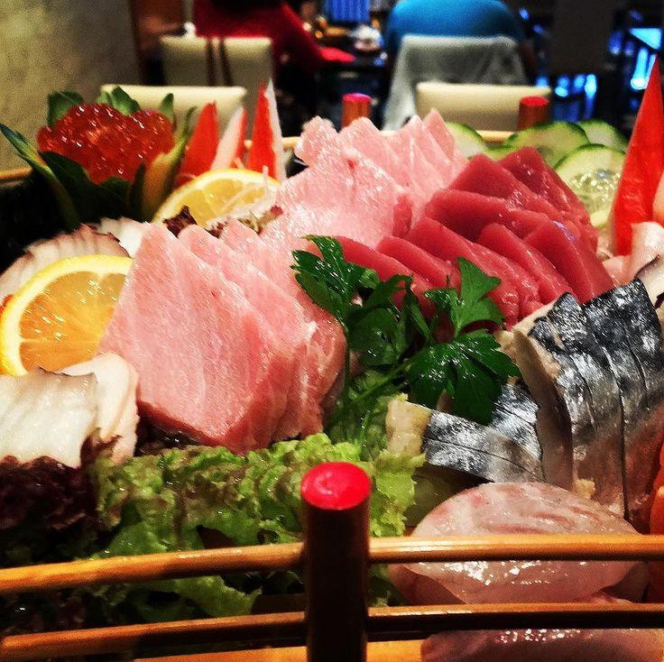 Best 25+ Restaurant de sushi ideas on Pinterest   Design sushi bar ...