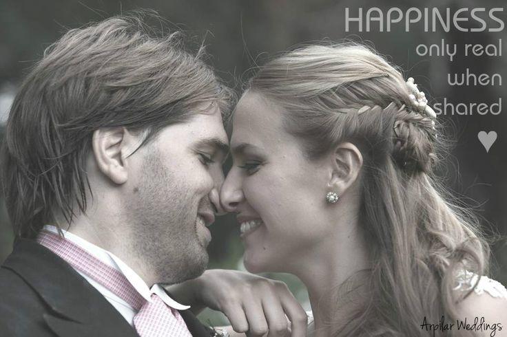 - Dia Internacional de la Felicidad -  #happinessworldday #happiness #arpilarweddings #momentosarpilarweddings #lavidadeados #diainternacionaldelafelicidad #happy