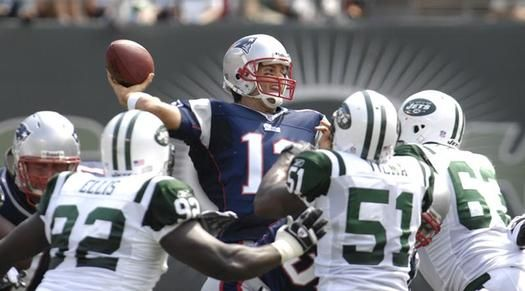 New York Jets at New England Patriots, Week 7 http://www.best-sports-gambling-sites.com/Blog/football/new-york-jets-at-new-england-patriots-week-7/  #americanfootball #football #Jets #NewEnglandPatriots #newyorkjets #NFL #NYJets #Patriots