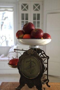 Pingl par dani le sur balances anciennes pinterest balance fruit legum - Balance a l ancienne ...