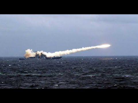 🌎  EUA Ataca a Síria - Marinha Lança Ataques de Mísseis Tomahawk (06-...